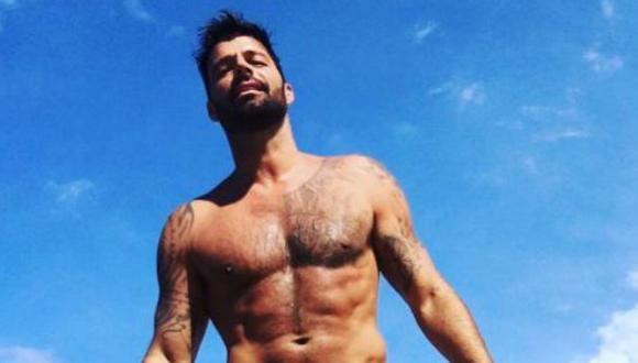 Ricky Martin prefiere usar zunga antes que un bañador común. (Instagram/@ricky_martin)