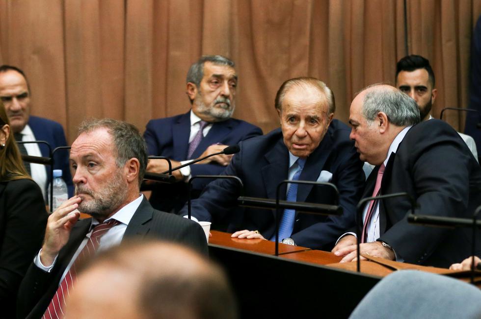 Declaran inocente al ex presidente Carlos Menem de la acusación de encubrir a los autores del atentado contra el centro judío AMIA en 1994. (Reuters)