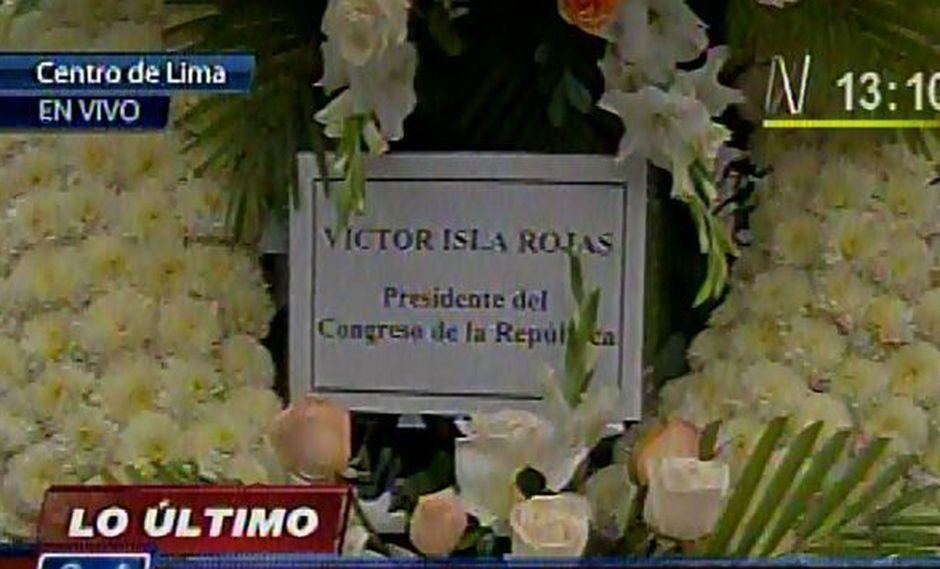 Rechazan Arreglo Floral De Víctor Isla En Velorio De Javier