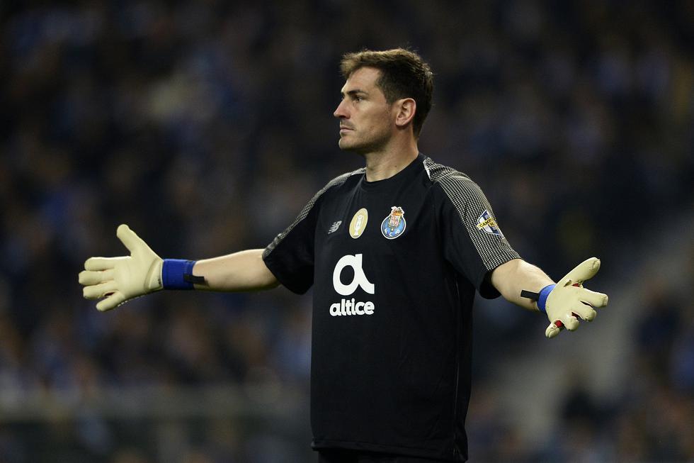Iker Casillas, leyenda del Real Madrid, sufrió un infarto en plena práctica con el Porto. (Foto: AFP)
