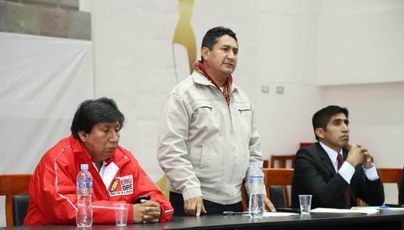 Waldemar Cerrón (izquierda), es el hermano de Vladimir Cerrón dueño de Perú Libre .