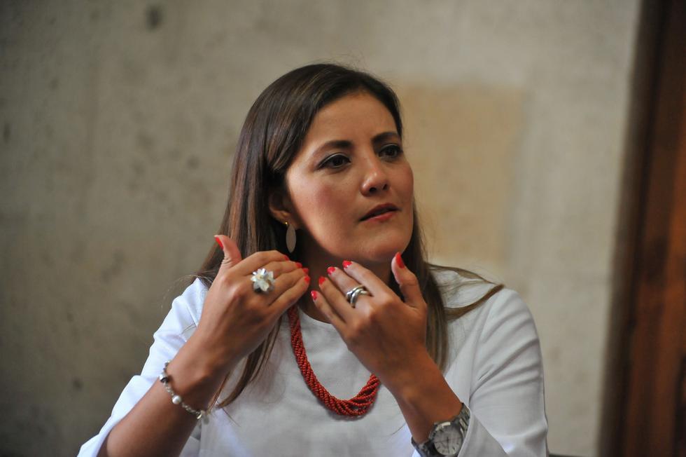 Yamila Osorio respondió a Elmer Cáceres y a Javier Ísmodes.