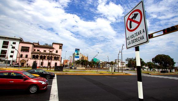 Municipalidad de Lima modificó tránsito vehicular en tramo de Av. Garcilaso por ciclovía temporal. (Foto: Difusión)
