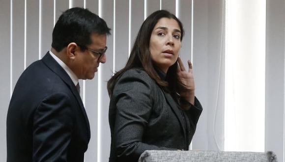 Ursula Letona defiende permanencia de Rosa Bartra al frente de la comisión Lava Jato.
