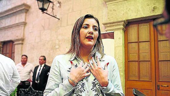 El Poder Judicial evaluará solicitud este viernes. Exautoridad regional reside desde el año pasado en España.