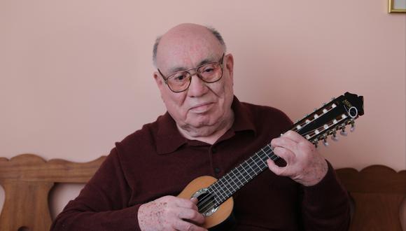 Jaime Guardia aprendió a escondidas el arte de tocar el charango en los montes de Pauza (USI).