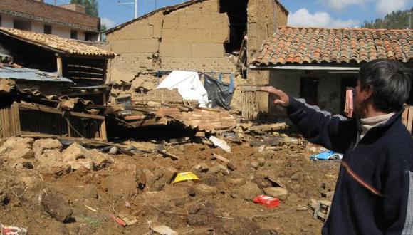 Junín: Deslizamiento de lodo y piedras colapsa unas 20 viviendas en Satipo. (Andina)
