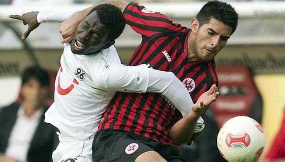 El Eintracht Frankfurt de Zambrano es el líder del Grupo F de la Europa League. (AP)