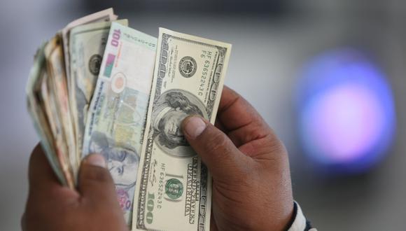 En el mercado paralelo o informal, el tipo de cambio se cotizaba a S/ 3.460 la venta. (Foto: GEC)