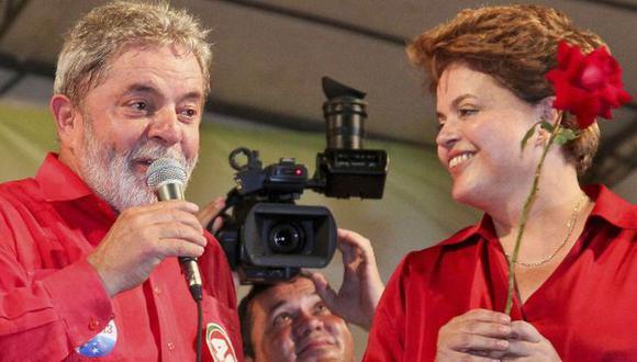 Dilma Rousseff y Luiz Inacio Lula da Silva durante campaña del 2010. (Reuters)