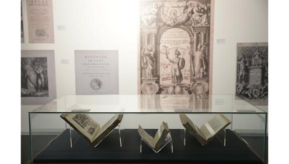 La muestra reúne libros devueltos en 2007 y 2017. (Perú21/ Rafael Cornejo)