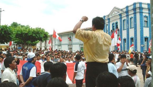 Pobladores bloquean dicha vía por segundo día consecutivo. (Diario La Región de Loreto)