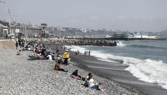 Las personas han visitado las playas las últimas semanas. (Foto: GEC)