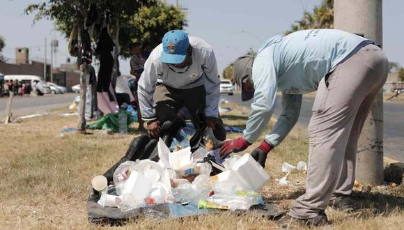 Un servidor de limpieza pública cuenta cómo se enfrenta a la pandemia por el coronavirus. (Leandro Britto / GEC)