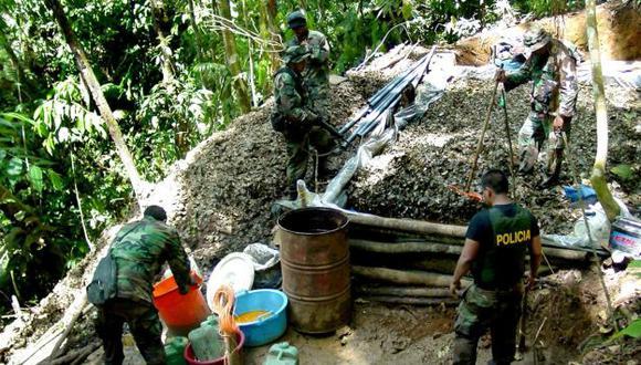 Se destruyó más de 245 mil kg. de kerosene y más de 142 mil kg. óxido de calcio. (Perú21)