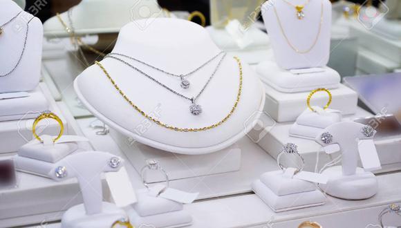 Perlas, diamantes y alhajas de oro como estas se llevaron los asaltantes. (foto referencial)