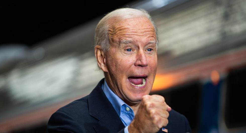 El candidato presidencial demócrata Joe Biden habla en la estación de tren de Pittsburgh, Pensilvania, el 30 de septiembre de 2020, durante una gira de campaña. (Foto de ROBERTO SCHMIDT / AFP).