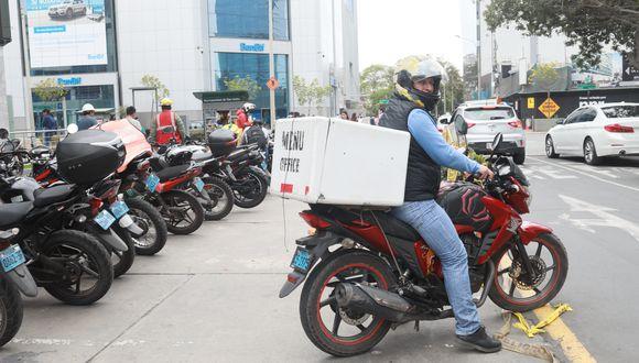 Colegio Médico del Perú expresa su preocupación sobre el delivery al sostener que reinicio de actividad provocaría diseminación del coronavirus si no se cumplen con los protocolos. (Foto: Juan Ponce Valenzuela/GEC)