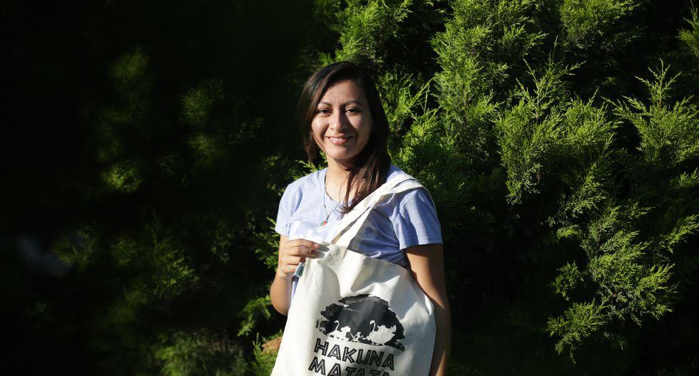 Eco-Ali no solo ofrece bolsas reusables, sino también busca fomentar conciencia desde las ciencias de la comunicación. (MARCO RAMON/GEC)