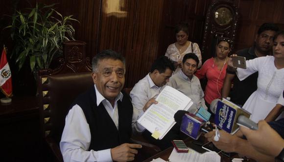 El alcalde de Chiclayo, David Cornejo, señaló que no cederá a la presión de los mototaxistas.