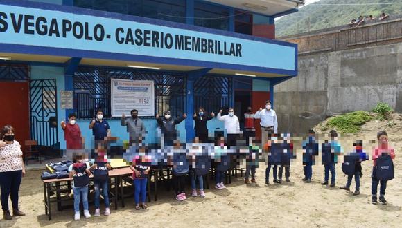 La Libertad: donan antena satelital, parlantes radiales y kits de útiles escolares a colegio Manuel Vega (Foto: Gore La Libertad)