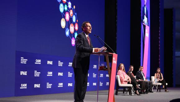 """Vizcarra remarcó que """"la lucha contra la corrupción es caiga quien caiga"""" en su presentación ante la CADE. (Foto: GEC)"""