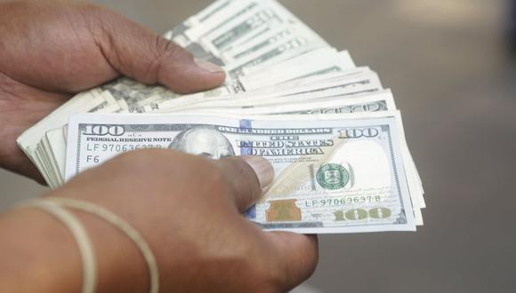 En el mercado paralelo o informal, el tipo de cambio se cotiza a s/ 3.600 la venta y S/ 3.570 la compra. (Foto: GEC)