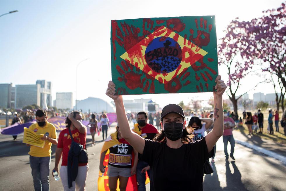 Protestas fueron convocadas por las centrales sindicales, partidos de izquierda y movimientos sociales. (Foto: EFE | Joédson Alves)
