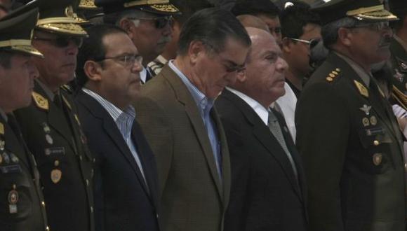 Otárola y Lozada, hombres de confianza del premier Valdés, podrían perder sus carteras esta semana. (César Fajardo)