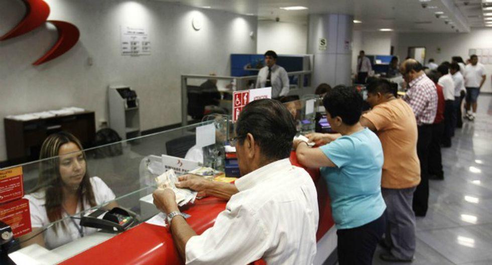 Pensionistas de la Ley 19990 beneficiados con disposición de institución bancaria. (Foto: Trome)