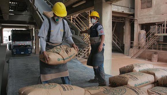 En julio, las exportaciones llegaron a 76,058 TM de cemento. (USI)
