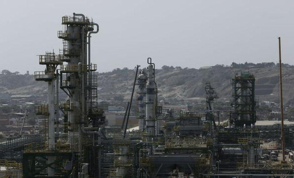 Presentan demanda para detener Refinería de Talara (Perú21)