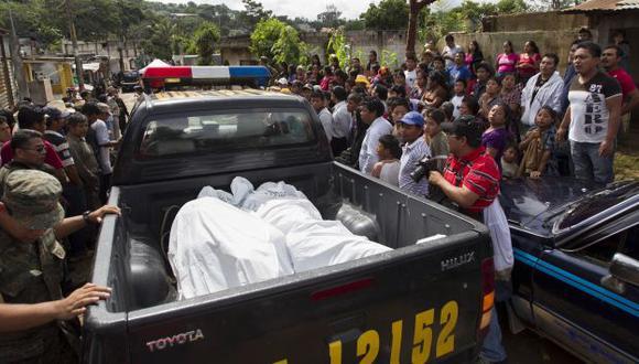 Tres lesionados fallecieron en el hospital. (AP/Referencial)
