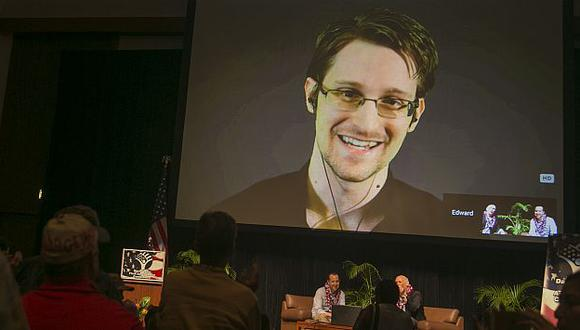 Edward Snowden volvería a Estados Unidos si le garantizan juicio imparcial. (AP)