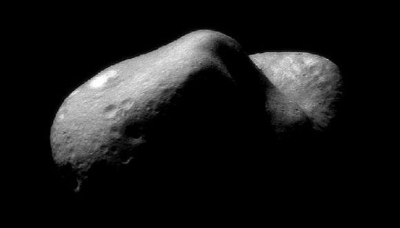 Eros pasará otra vez cerca de la Tierra en el año 2056. (NASA)