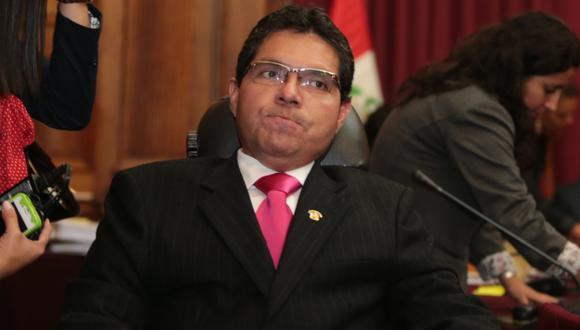 SIN SALIDA. Tras su confesión, legislador se quedó solo. (Martín Pauca)