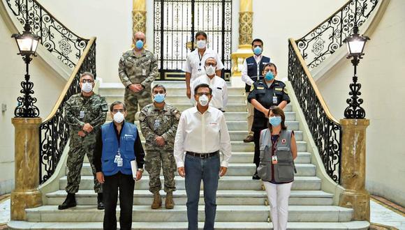 LOS ELEGIDOS. Todo nuestro sistema de salud-incluido el privado-se une contra el coronavirus.