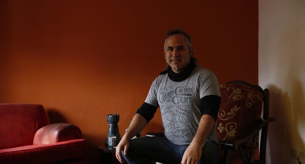 """""""Me gustaba mucho la frase de Leusemia: 'peruanicemos la patria dicen, si nunca te oyeron cantar'. Me metí a la movida 'subte' con zapatos y todo"""", nos dice 'El Jarcor' (Piko Tamashiro/Perú21)."""
