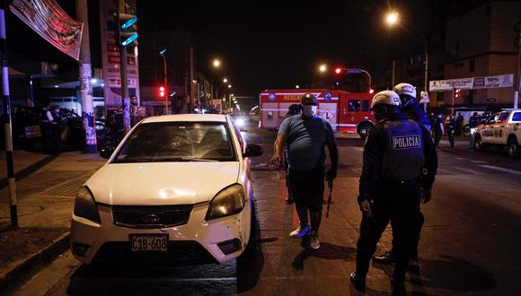 Conductor asegura que no escuchó cuando la PNP le ordenó que detenga su auto. (Foto: Joel Alonzo/ @photo.gec)