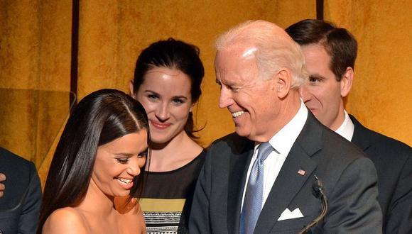 La actriz Eva Longoria junto a Joe Biden, el nuevo presidente de Estados Unidos. (Foto: @evalongoria)