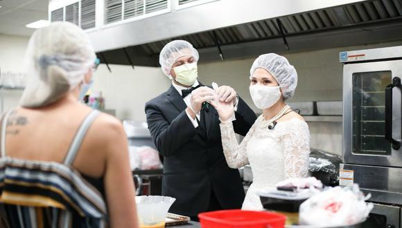 Melanie y Tyler Tapajna pagaron su boda por adelantado, pero la llegada de la pandemia cambió sus planes. (Foto: The City Mission / Facebook)